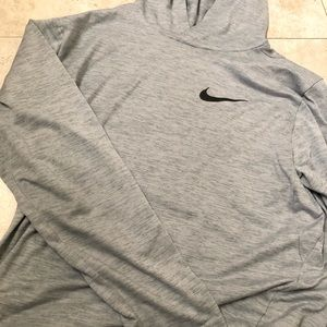 Nike Pullover Tee Shirt Long Sleeve